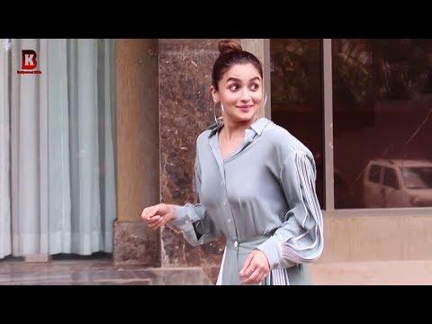 Download Lagu  Alia Bhatt Arrives For Promotion Of Prada- The Doorbeen Album With Singer Shreya Sharma Mp3 Free