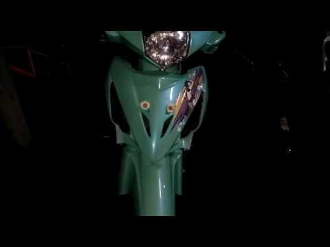 Modifikasi Revo 100cc tahun 2007 ( Video Terbaru ) Modif Motor Revo Thailook Style ( Mesin Karbu )