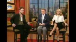 Live with Regis and Kelly - 11/19/2009 - Robert Pattinson, Nicole (America's Next Top Model) Part1