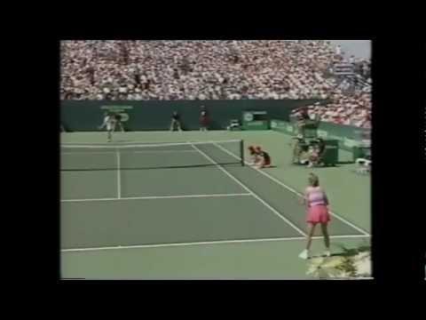 Chris Evert vs Steffi Graf 1988 Key Biscayne 4/4