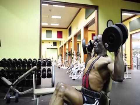 hombre aficionado al gimnasio con 70 a os youtube On gimnasio 13 anos