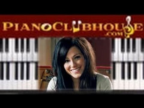 "♫ How to play ""FOREVER"" by Kari Jobe (piano tutorial lesson)"