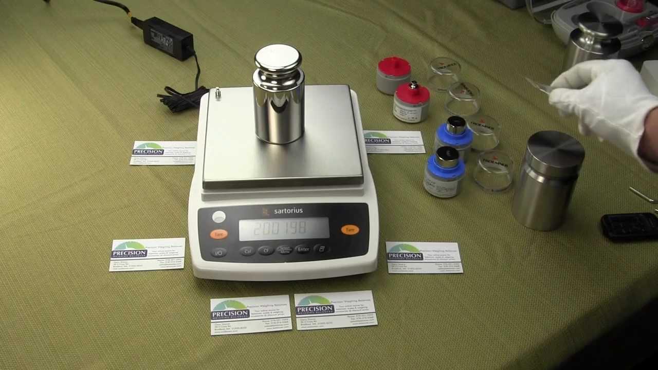 620 g x 1 mg; 100 to 240 VAC 50//60 Hz Sartorius BCE623I-1S Entris II Basic Essential Toploading Balance with Internal Calibration