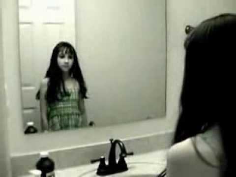 膽小誤看 - 鏡子裡的你(妳)也是這樣嗎~看到鬼 - YouTube