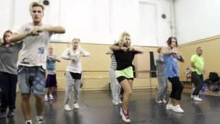 Репетиция с хореографом Мигелем(Репетиция в Москве., 2011-09-14T08:43:03.000Z)