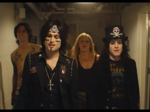 """MÖTLEY CRÜE release 1st full trailer for new biography movie """"The Dirt""""...!"""