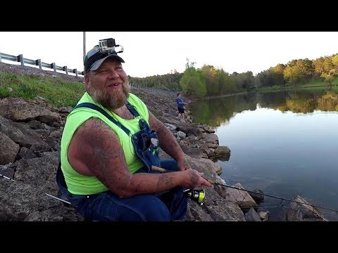 Crappie Fishing From The Bank With The Regular Dude!