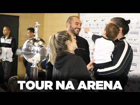 Tour na Arena Corinthians com Danilo