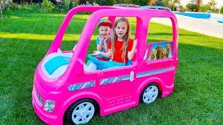 Max and Ulya on pink Car - Camping adventure