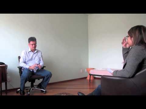Entrevista com o psicólogo Artur Scarpato