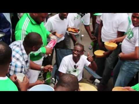 Nigerian Independence NYC: palm wine, dancing, singing, drumming