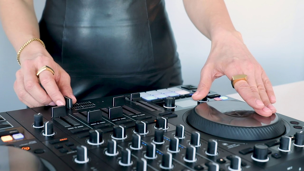 A beginner's guide to scratching on the TRAKTOR KONTROL S4 | Native