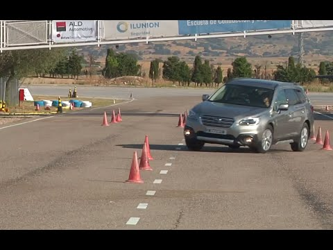 Subaru Outback 2016 Maniobra de esquiva moose test y eslalon km77.com