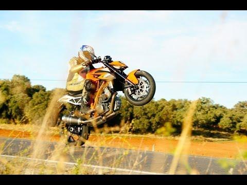 Motosiklette Tek Teker