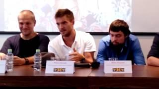Канал ТНТ представил киносериал «Кризис нежного возраста»в Петербурге(13)