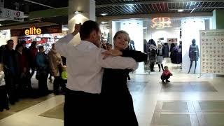 Бальные танцы в Витебске - медленный фокстрот (Вячеслав и Диана)