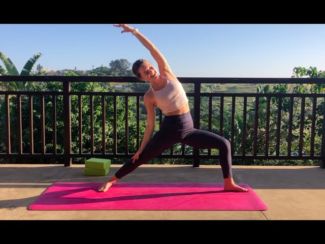 Hip mobility & love flow with Chadé