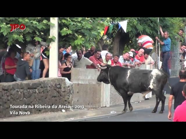 Tourada na Ribeira da  Areia - 2013-Edição de João Oliveira Vídeos De Viagens