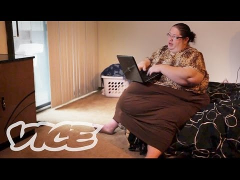 600 Pound Mom Gets Paid To Eat