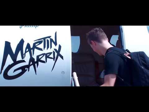 Martin Garrix & Marshmello  - I'm in Love