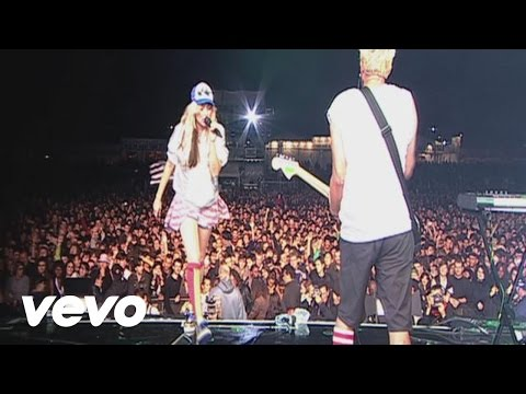 The Ting Tings - Hit Me Down Sonny (Live From Paris)