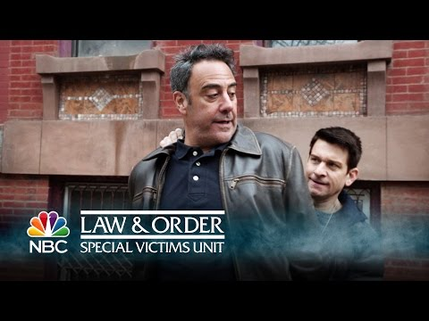Law & Order: SVU - A Corrupt Officer Falls (Episode Highlight)