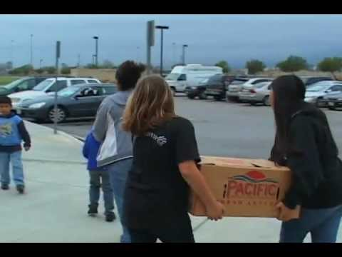 Wayne Ruble Middle School Thanksgiving Food Drive 2012