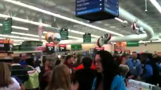 The 10pm Black Friday electronic sale at Walmart Must see!!