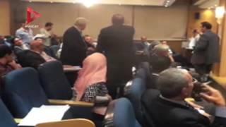 عاجل| أول فيديو لاشتباكات مرتضى داخل مجلس النواب