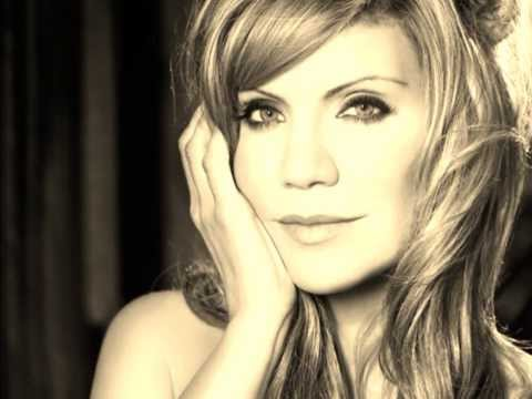 Ghost In This House  Alison Krauss