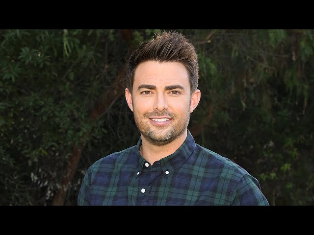 \'Mean Girls\' Star Jonathan Bennett Is Engaged to Jaymes Vaughan