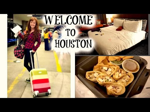 Houston Vlog #1 Traveling, my fitting & trying Texas food!