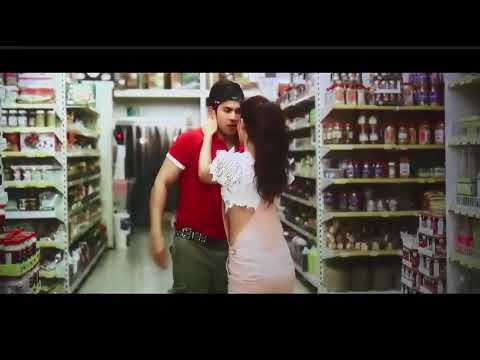 Varun dhawan and Jacqueline Fernandez kissing scene thumbnail