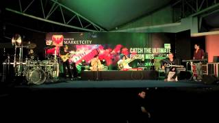 Video Rashid Ali with Niladri Kumar - Kabhi Kabhi Aditi - Guitar & Sitar   Live In Concert download MP3, 3GP, MP4, WEBM, AVI, FLV Juli 2018