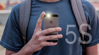 iPhone 5s : Should you buy it in 2016?(It's 2016 and it has been 3 years since the release of Apple's Iphone 5s. Is it still worthy to buy today ? Can it hold up against it's competition ? Watch the video to ..., 2016-03-05T06:36:52.000Z)
