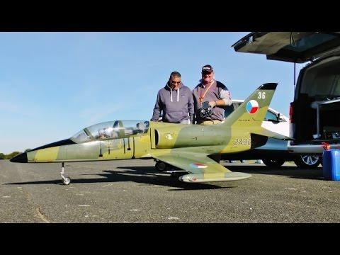 TOMAHAWK L-39 ALBATROS JET TRAINER RC GIANT SCALE - TIBENHAM TRIBUTE FLY-IN - 2016