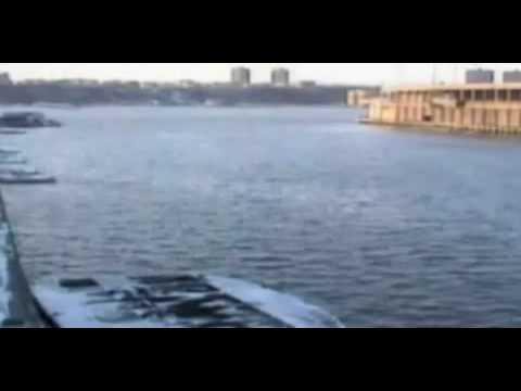 Mayor coast gaurd Surveillance Video caught US Airways flight 1549 crash landing in Hudson