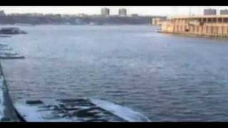 Video Mayor coast gaurd Surveillance Video caught US Airways flight 1549 crash landing in Hudson download MP3, 3GP, MP4, WEBM, AVI, FLV Juli 2018