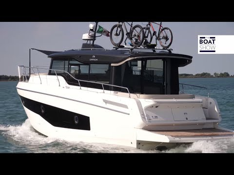 [ENG] CRANCHI T36 CROSSOVER - 4K Travel Boat - The Boat Show