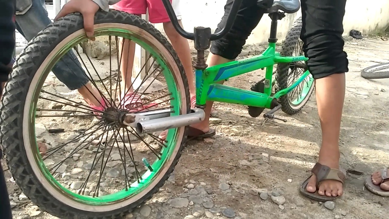 Lucu Balap Sepeda Patah Stang Sepeda Juara Kwkwkwkkw P Youtube