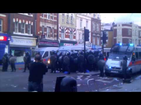 Camberwell / Walworth Road Riots - 10 minutes of combined footage from beginning to end