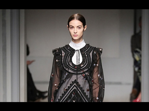 Erdem | Fall Winter 2017/2018 Full Fashion Show | Exclusive
