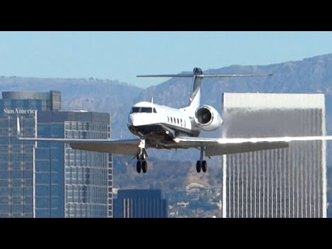 Santa Monica Airport Spotting (KSMO) Pt.1