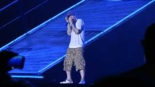 Eminem Airplanes, Part II / Stan / Sing for the Moment live at Pukkelpop in Belgium 15th August 2013 with lyrics included Airplanes, Part II (B.o.B.) 0:00 Stan 2:36 ...