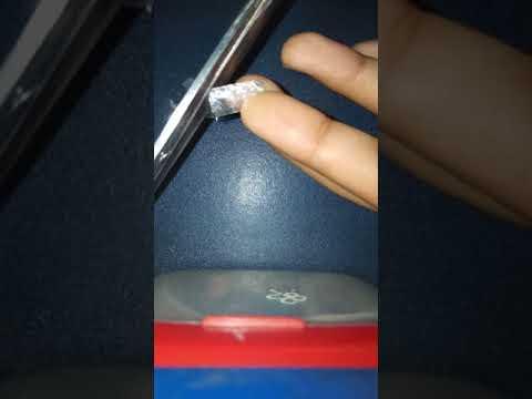 DIY Fake nails at home -metallic look