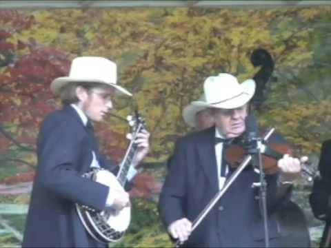 Fiddle & Banjo Tune - Blue Ridge Mountain Grass