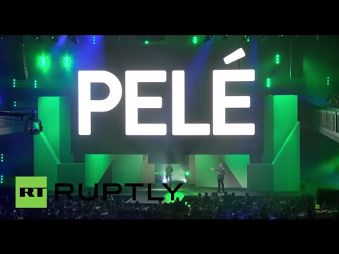 USA: Pele takes to the stage at E3 extravaganza in LA