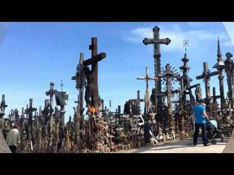 圧巻!ホントに十字架だらけだった十字架の丘@リトアニア