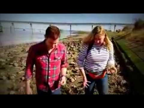 The Thames.  Rubbish and treasures. BBC Countryfile