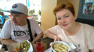 Встретили участника ДОМ 2 на Пхукете в ЛУЧШЕМ ресторане русской кухни в Таиланде Мукбанг на Патонге